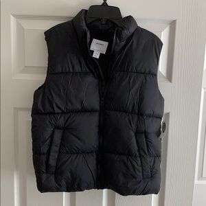 NWT!! Boys Size Large Old Navy Puffer Vest